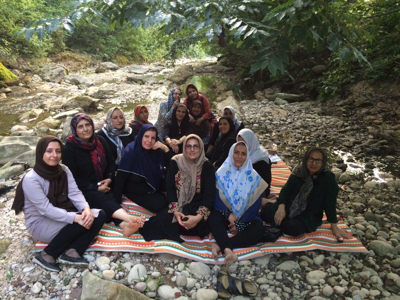 اردوی طبیعت نشینی در  مسیر جنگلی رودخانه شیرگاه   مازندران