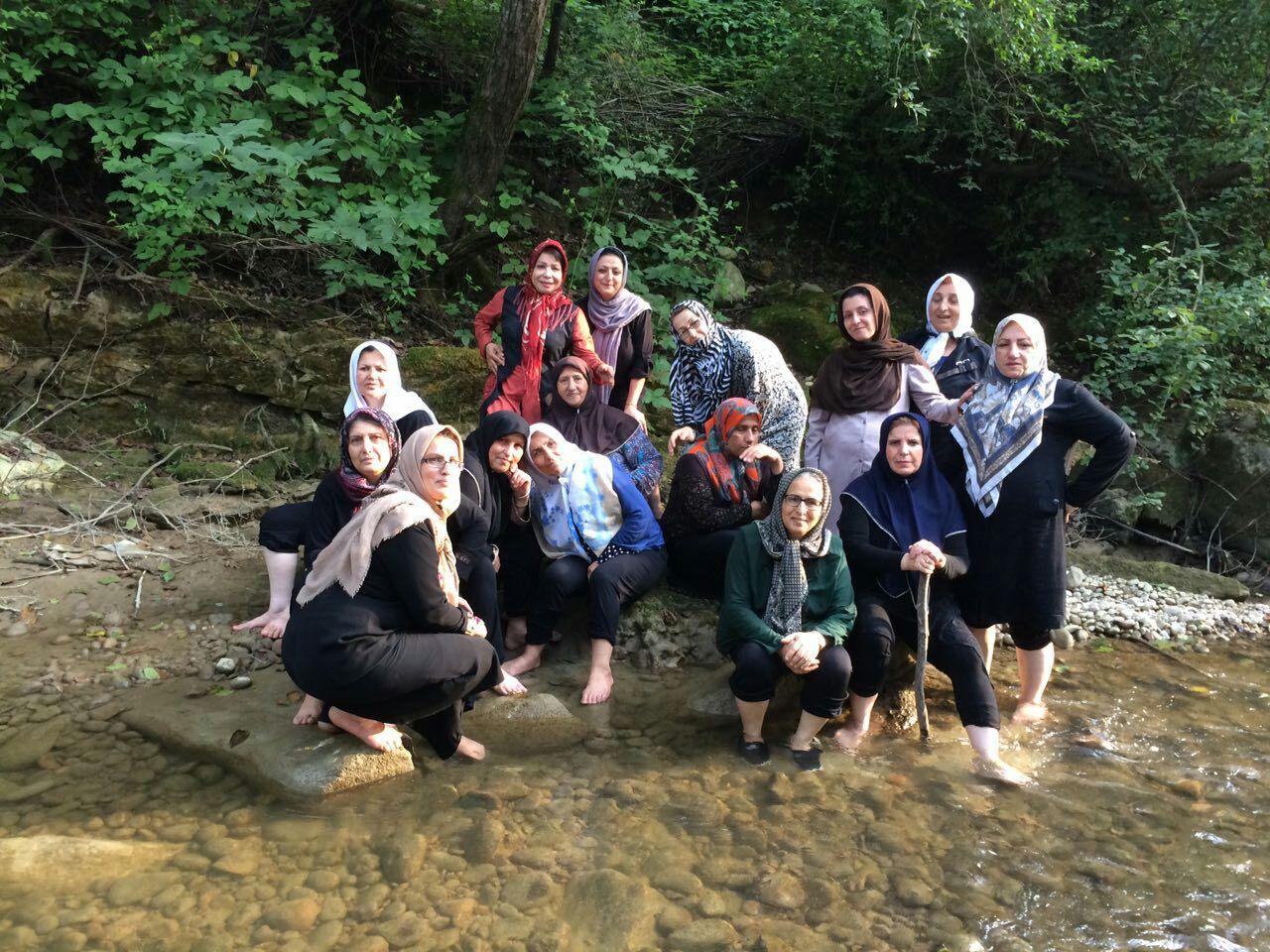 سفر تابستانی آب درمانی در رودخانه جنگلی مازندران بابلکنار