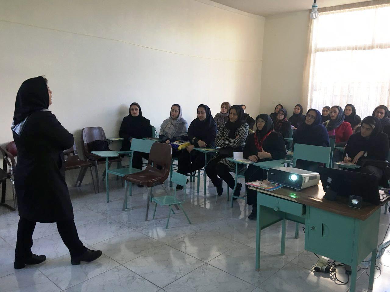 کارگاه آموزشی در آمل پیشگیری از سرطان